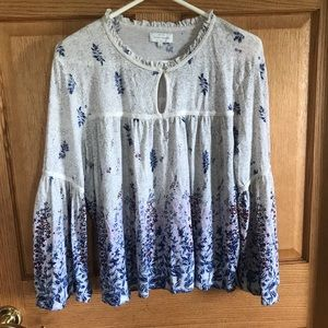 Lucky brand, bell sleeved, size Large blouse